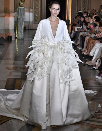 2Stephane_Rolland_-H.Couture_FW_19_20